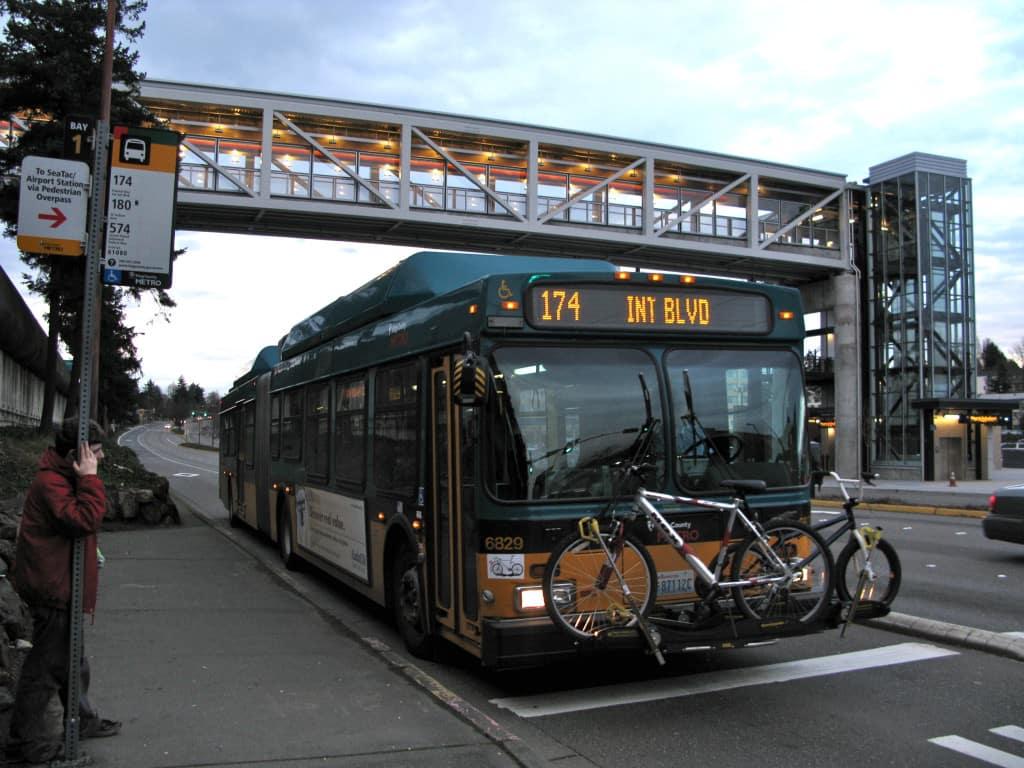 Estação de ônibus aeroporto Seattle - King County Metro Transit