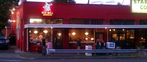 """Uma das """"Red Mill Burguers"""" espalhadas por Seattle."""