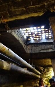 Claraboias de vidro que levam iluminação para Seattle Underground