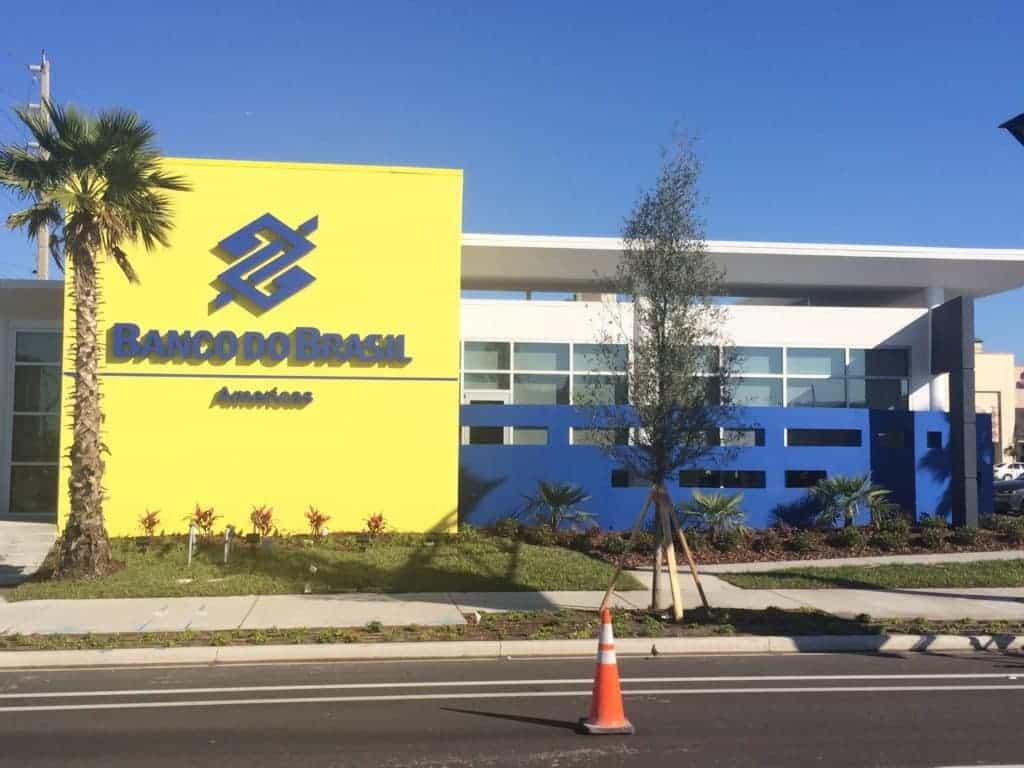 Foto de uma agência do Banco do Brasil em Miami.