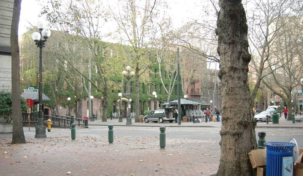 Grand Central Arcade na esquina do Occidental Park