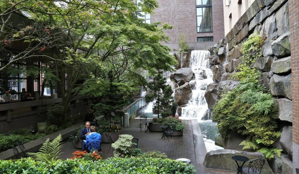 Waterfall Garden Park em Seattle