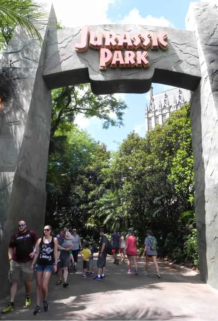 Entrada da área do Jurassic Park no Island of Adventure